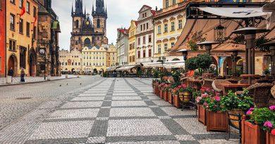 Чехия первой из стран ЕС открыла свои границы