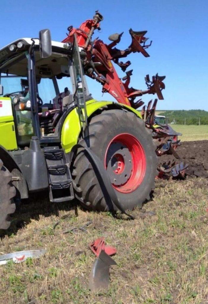 В Кэушень во время полевых работ взорвался трактор