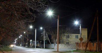 В Чадыр-Лунге подключают новое уличное освещение