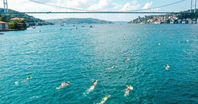 Уроженец Авдармы установил рекорд среди участников заплыва через пролив Босфор