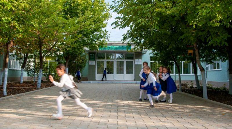 Центр общественного здоровья Гагаузии проверяет школы на соблюдение эпидемиологических требований