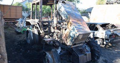 (Фото) В Копчаке подожгли трактор местного арендатора земель. Советники направили обращение в МВД и Прокуратуру