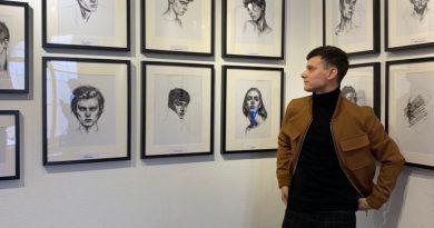 """""""В следующем году буду покорять Европу"""". История художника из Гагаузии, чьи работы выставлялись в России"""