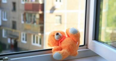В Сороках двухлетний ребенок, после падения с 4 этажа, отделался гематомой