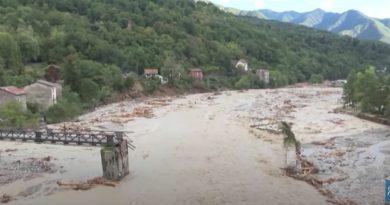 (Видео) Во Франции и Италии из-за урагана затоплены деревни. Десятки людей числятся пропавшими без вести