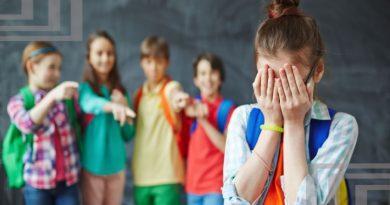 """""""Люди склонны к жестокости"""". Жертвы травли в школах рассказывают свои истории"""
