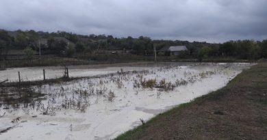 (Видео) Сорваны крыши, затоплены огороды и родник. В Чишмикиой подсчитывают ущерб от непогоды