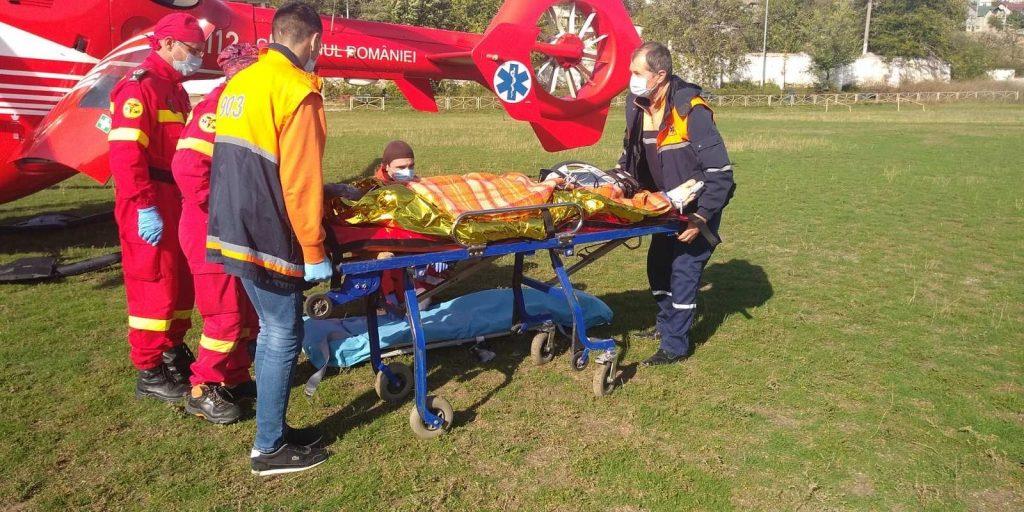 Экипаж SMURD доставил в Кишинев мужчину из Тараклии с сильными ожогами