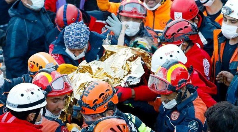 В Турции спустя три дня после землетрясения обнаружили живыми двоих детей