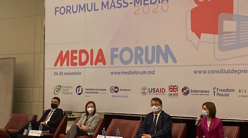 """""""Дезинформируя, СМИ помогают своим хозяевам контролировать граждан"""". Майя Санду о политически ангажированной прессе"""