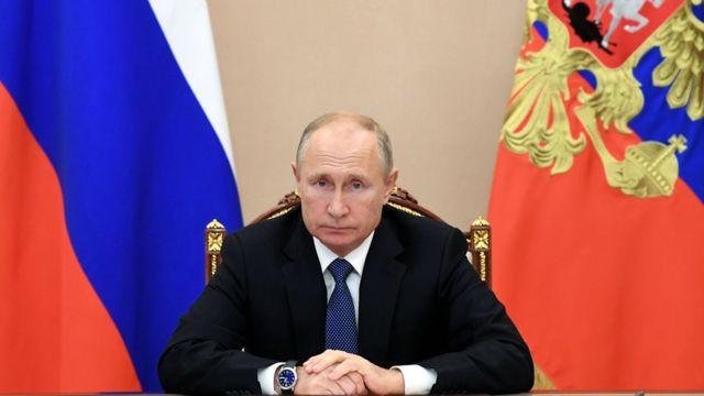 Владимир Путин поздравил Майю Санду с победой на выборах президента Молдовы