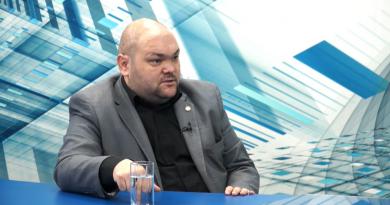 """""""Башкану грозит импичмент"""". Экс-депутат НСГ Роман Тютин  дал первое интервью после возвращения"""