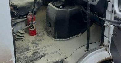 (Фото) В Комрате маршрутный автобус загорелся на ходу. Никто не пострадал