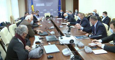 Что пообещали депутаты фермерам на встрече во время их протеста в Кишиневе