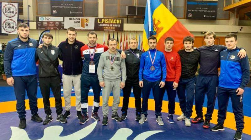 Борец из Гагаузии Евгений Недялко занял третье место на турнире во Франции