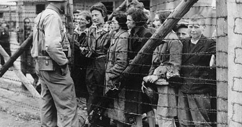«Это была попытка уничтожить целую общину». Петер Михалко обратился к жителям Молдовы в день памяти жертв Холокоста