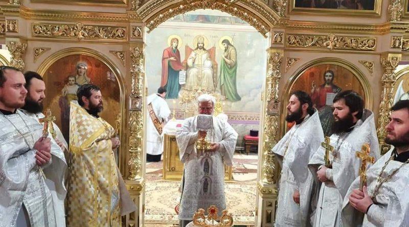 Священники из Комрата получили награды от Епископа Анатолия