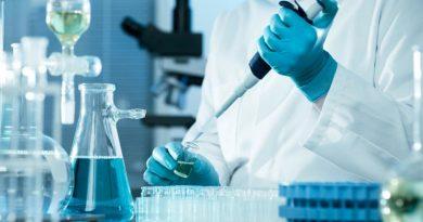 В США фармацевт испортил 500 доз вакцины. Ему грозит тюрьма