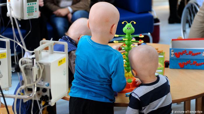 В Молдове родители детей, больных раком, собирают средства на диагностический аппарат для онкоинститута