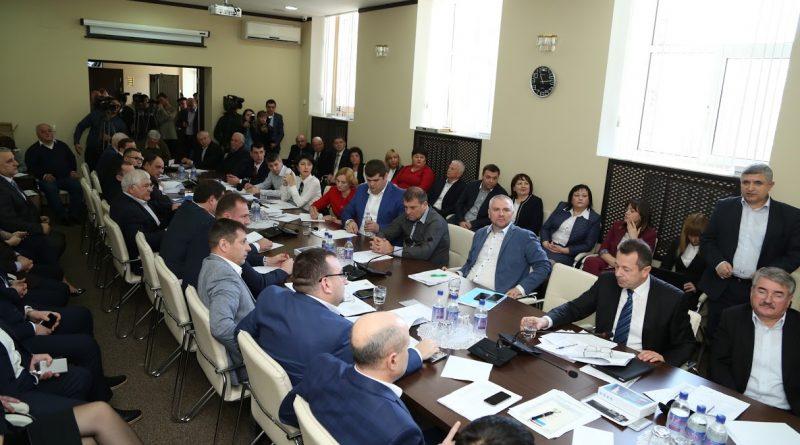 Председателю НСГ предложили опубликовать информацию о зарплатах депутатов. Что он ответил ?