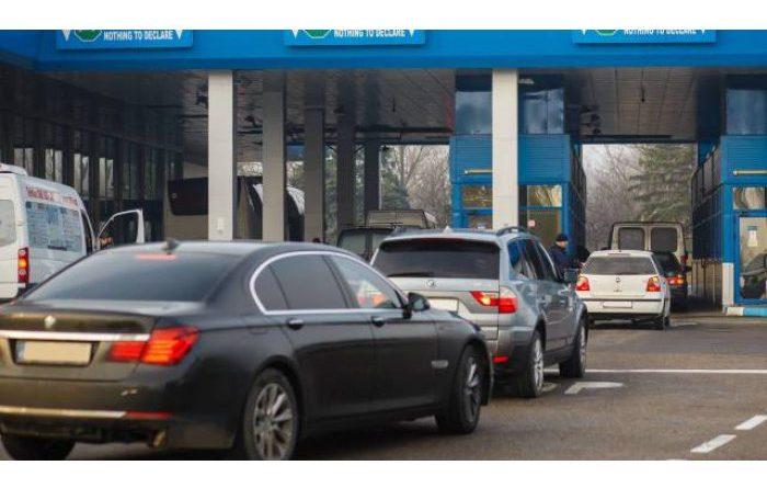 Таможенная служба напомнила о сроках нахождения машин с иностранными номерами на территории Молдовы