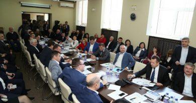 В НСГ начали сбор подписей о самороспуске нынешнего созыва? Комментарий депутатов