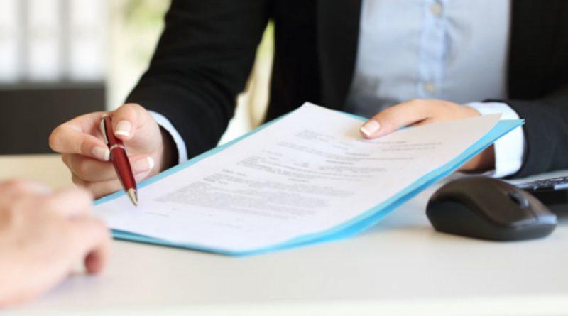 Сотруднице компании из Чадыр-Лунги грозит до 15 лет тюрьмы за кредиты на чужие имена