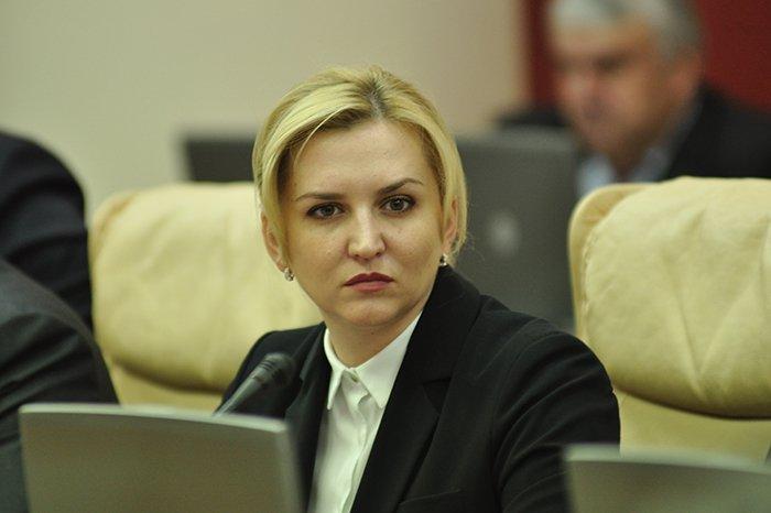 Расследование: В Молдове диабетики получают некачественные глюкометры, закупаемые фирмой, связанной с депутатом Руксандой Главан