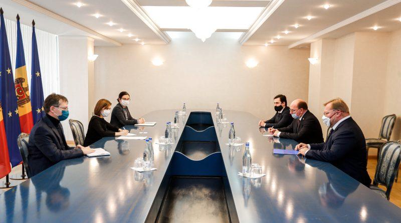 Майя Санду на встрече с послом России: «Сейчас приоритетом является обеспечение доступа к эффективным вакцинам»