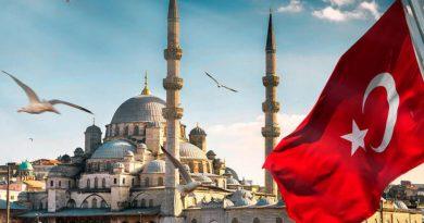 Власти Турции обещали не требовать у туристов «паспорт» вакцинации