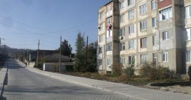 Несколько ассоциаций жильцов «многоэтажек» в Чадыр - Лунге получат деньги из местного бюджета. На что их потратят?