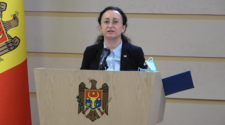 Глава парламентской комиссии по «ландромату» утверждает, что прокуратура избегает ответов на вопросы комиссии