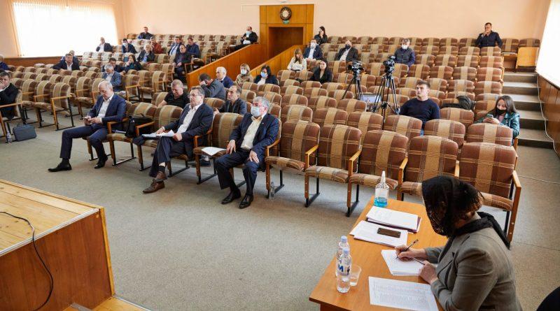 Оскорбления, угрозы и протест. Как НСГ приняло бюджет Гагаузии на 2021 год