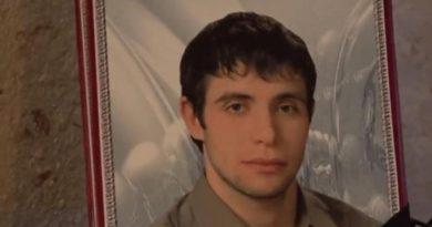 По делу погибшего заключенного 13 полицейских признаны виновными в пытках. Четверых приговорили к реальному сроку