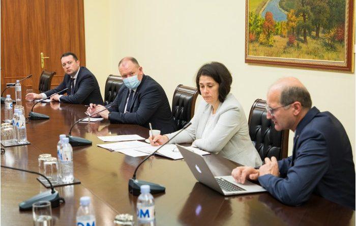 В правительстве обсудили ущерб от прошедших в Молдове затяжных проливных ливней
