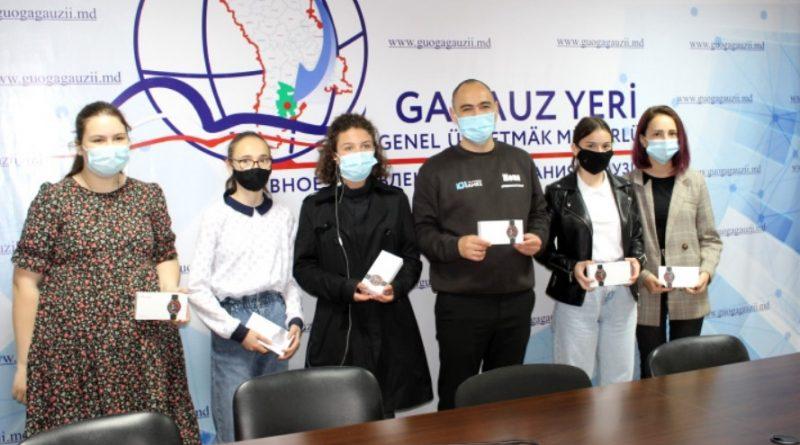 Гагаузские школьницы в числе победителей республиканской кампании «Предупреждён – значит защищён!»