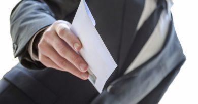 Антикоррупционный центр: мужчины в Молдове более склонны к коррупции