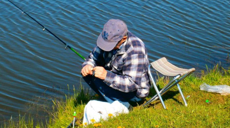 В Чадыр – Лунге пенсионерам разрешили бесплатно ловить рыбу. Но есть условия и запреты