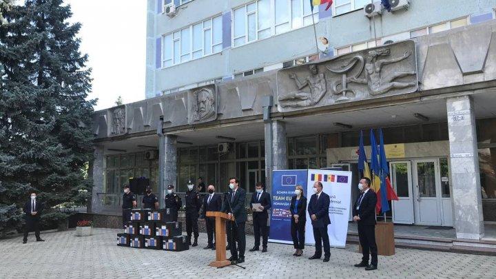 Молдова бесплатно получила еще более 100 тысяч доз вакцины «Pfizer-BioNTech» от Румынии