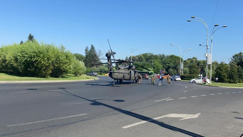 (Видео) Американский военный вертолет экстренно сел на на площади Бухареста
