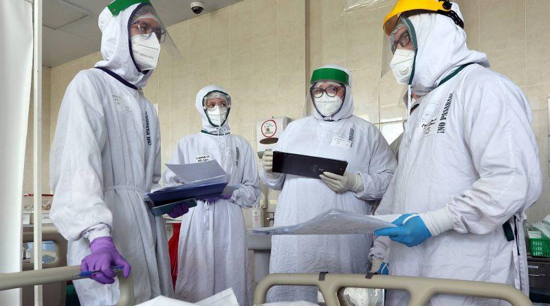 В России зарегистрировали рекордное число смертей от COVID-19 за сутки