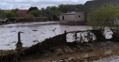 Спасатели предупреждают об угрозе подтопления из-за сильных дождей
