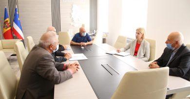 Башкан попросила Совет старейшин Гагаузии помочь убедить жителей вакцинироваться от COVID-19