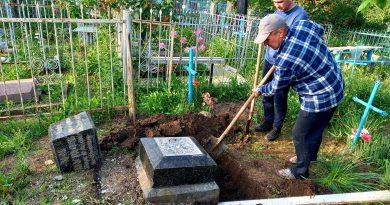 История коллежского асессора Мина Мутаф, чей разбитый памятник нашли на кладбище в Комрате