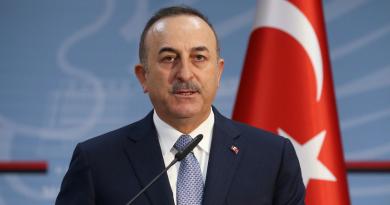 Глава МИД Турции примет участие в закладке первого камня будущего колледжа в Комрате