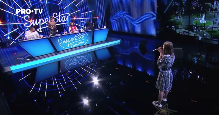(Видео) Вокалистка из Комрата Анастасия Кирилловская покорила жюри румынского шоу SuperStar
