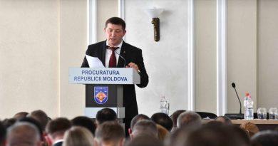 Заместителя генпрокура Руслана Попова поместили на 20 суток в изолятор НЦБК