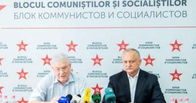 «Я не знаю, как эти люди попали в парламент»: Воронин раскритиковал Додона и других невакцинированных депутатов